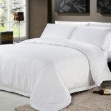 ヨーロッパ式の柔らかい綿の寝具のセットされる一定のベビーベッド(JRD078)