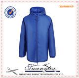 Верхнее продавая большое часть одежды оптовой продажи куртки людей дешевое в Китае