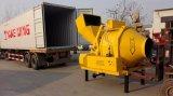 Concrete Mixer van de Vultrechter van de dieselmotor de Hydraulische Opheffende op Verkoop
