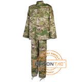 Uniforme de camuflagem militar com a norma ISO