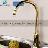 Misturador automático de Touchless do Faucet da cozinha da água do sensor dos mercadorias sanitários dourados