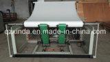 Volle automatische prägendurchlöcherte Rückspulengewebe-Toiletten-Rollenaufbereitende Maschine