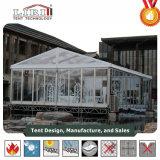 투명한 명확한 지붕 및 측벽을%s 가진 수정같은 결혼식 천막