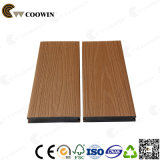 138X23mm 단단한 옥외 Coextrusion WPC Decking