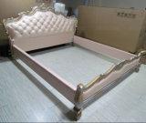 E305 الملكي تصميم الأثاث الإيطالي جلد سرير