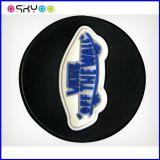 3D柔らかいPVCシリコーンゴムのスポーツは衣服のアクセサリの商標を身に着けている
