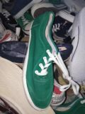 300000pairs pour les chaussures mélangées, chaussures de sport, chaussures de course, chaussures occasionnelles, chaussures, chaussures d'hommes, chaussures de femmes, seulement USD1/Pairs