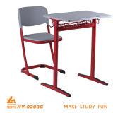 Venda por grosso de madeira de aço Escola barata mesa e cadeira