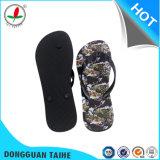 Sola de borracha com flip flops em PVC