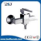 Misturador de lavatório de latão sólido e quadrado