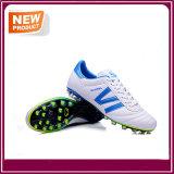 خارجيّ كرة قدم أحذية مع أربعة لون