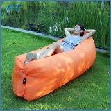 Colori pigri di viaggio caldi del sacchetto di aria di sonno del sofà