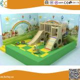 Terrain de jeux intérieur en bois sur mesure les enfants à l'intérieur du château de bois Playhouse