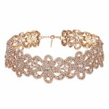 De nieuwe Halsband van de Kraag van het Kristal van de Bloem van de Boor van de Mode Volledige