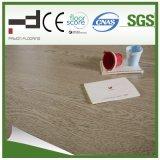 Revêtement de sol stratifié HDF V-Groove à l'eau de style européen anti-reflet de 12 mm