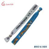 Braccialetto personalizzato commercio all'ingrosso con il branello del metallo per la promozione