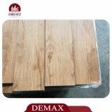 Plancher européen gravé en relief de PVC de cuisine de chêne de configuration en bois des graines