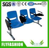 パブリックまたは端末(SF-48F)の鋼鉄待っている椅子