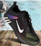 2017 neue Breathable Form-beiläufige Sport-Schuhe