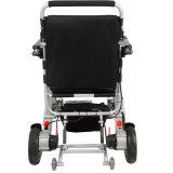 Peso ligero sin cepillo de 8 pulgadas plegable el sillón de ruedas eléctrico