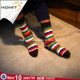 Mann-Frauen-kundenspezifische bunte glückliche Socken sublimierten Scrawl-Socken