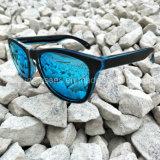 カスタムブランド猫3の印刷のロゴのためのUV400青いミラーによって分極されるサングラス