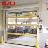 Interiores rápidos do PVC rolam acima a porta