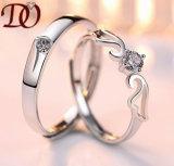 CZ 한 쌍 여자 남자 크기를 다시 조절할 수 있는 실제적인 925 순은을%s 정밀한 결혼식 보석을%s 가진 925 은 반지