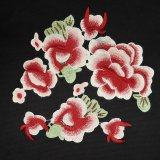 Цветок вышивки для ткани