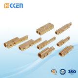 Kundenspezifische gute Qualitäts-CNC-maschinell bearbeitende quadratisches Messingrohr verlegte Befestigungen