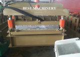 Roulis glacé coloré de feuille de toiture de tuile de PPGI formant la machine pour le panneau de toit en métal