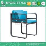 Cadeira de jantar ao ar livre com a tabela de jantar do jardim do coxim com o projeto de jantar de alumínio de vidro cerâmico do hotel da cadeira que janta tabela de jantar moderna ajustada