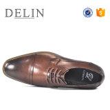 2018 nueva llegada de los hombres de buena calidad los zapatos de cuero Zapatos de Vestir