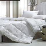 La fabbrica di alta qualità comercia il Comforter all'ingrosso caldo dell'oca di vendita giù