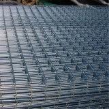 4X4は電流を通した溶接された金網のパネル(工場)に