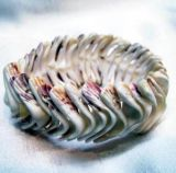 貝のブレスレット(ALY60491)