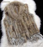 Het vrije Vest van het Konijn Shipping*Knitted met de Gemengde Orde van het Bont van de Wasbeer van Fin Kraag