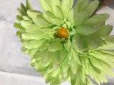 安い絹のフラッシュ小型人工的なヒナギクのFlowerforの結婚式の装飾のギフトの装飾的なクラフトの花