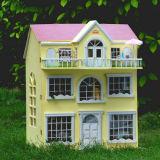 Casa de muñeca de madera del juguete del hilandero de la persona agitada