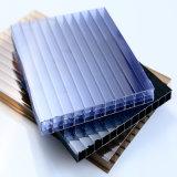 Hoja hueco antiniebla del policarbonato de cuatro paredes para la garantía de diez años