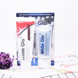 Le nouvel ensemble de dentifrice arrivé comprend un traitement quotidien de maintenance et de blanchiment