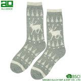 Rotwild-Weihnachtsreizende Mann-Baumwollkleid-Socken