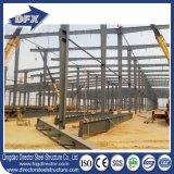 Estructura de acero de paredes delgadas del marco ligero del espacio para el gráfico del taller con el panel solar de la azotea