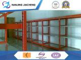 Almacén de acero estantes de mediana escala
