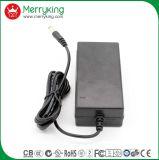 Tischplattentyp Wechselstrom-Gleichstrom-Adapter 12V 5A mit UL/cUL/FCC/Ce/GS/CB/SAA/PSE/Kc Certs