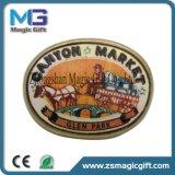 Distintivo molle di Pin del regalo dello smalto timbrato ottone promozionale con stampa del rilievo