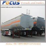 На заводе масло высокого качества транспортного топлива из бака полу грузового прицепа