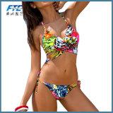 Kundenspezifisches trägerloses drücken Bikini-Badeanzug hoch