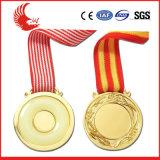 La venta caliente crea la medalla de Rusia para requisitos particulares del metal con insignia