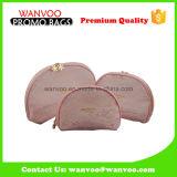 ピンクのゆで団子のナイロン網のジッパーの化粧品袋